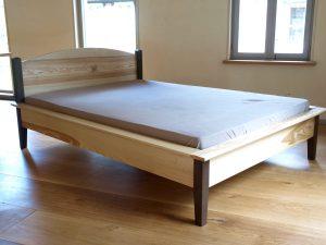Bett 3 aus Vollholz Möbeln der Tischlerei Rieckhoff in Bleckede