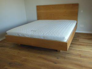 Bett 2 aus Vollholz Möbeln der Tischlerei Rieckhoff in Bleckede