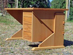 Büro Möbel aus Vollholz der Tischlerei Rieckhoff aus Bleckede