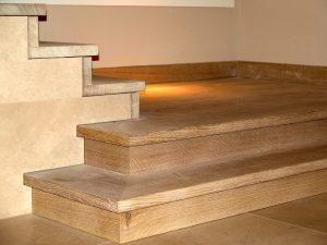 Stufen aus Vollholz der Tischlerei Rieckhoff in Bleckede