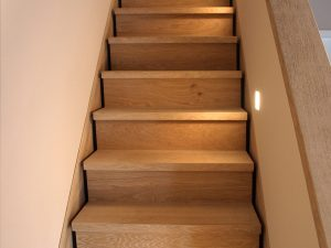 Treppe aus Eiche der Tischlerei Rieckhoff in Bleckede